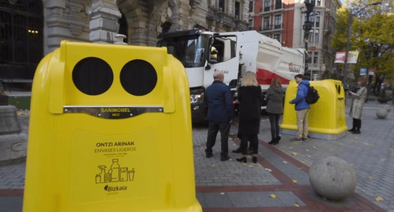La Diputación de Bizkaia sustituirá los contenedores amarillos por un modelo de SANIMOBEL 100% reciclable 1